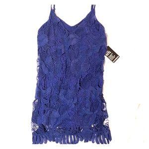 Cute chunky lace dress! NWT